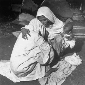 muslims women crying 1947