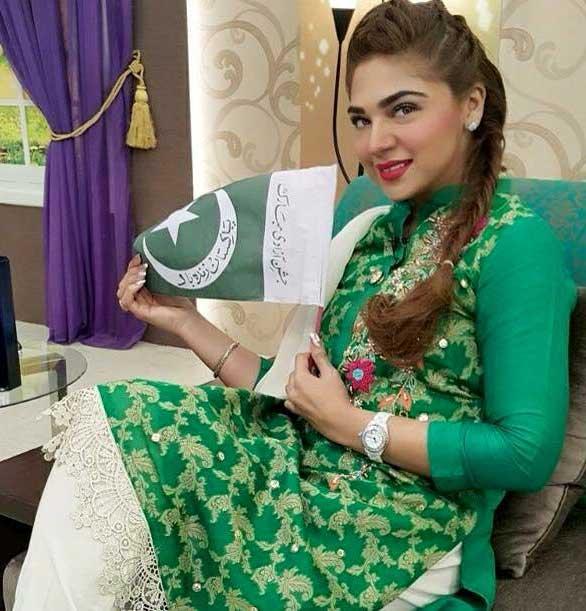 Jashane-e-Azaddi-fancy-dresses-for-14-Aguest-2018
